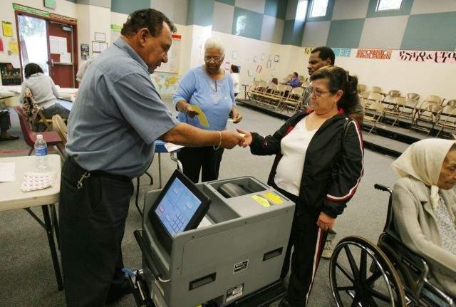 Latinos en EE.UU., clave en estas elecciones (Video)