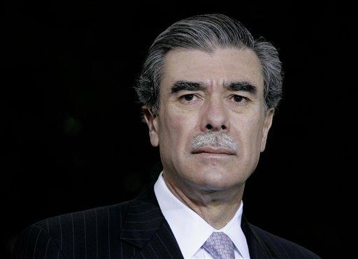 Exsecretario de Comercio: latinos sí votarán a Romney