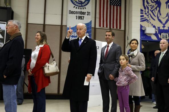 Joe Biden votó en Delaware [Fotos]