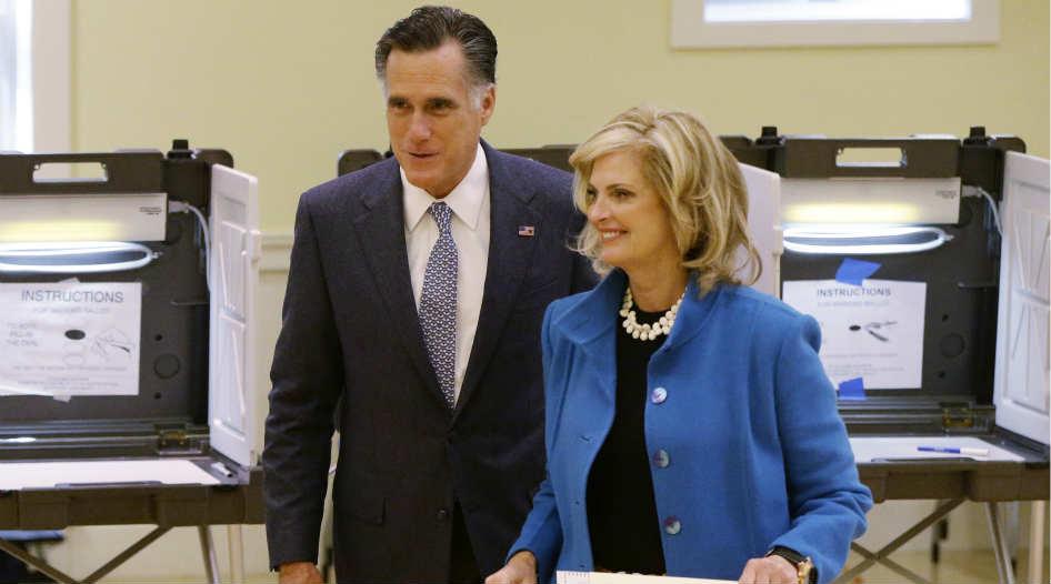 Romney votó en las afueras de Boston