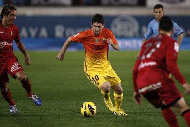 Messi supera el récord de goles de Pelé (Fotos)