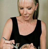 Experta Linda Meredith es aclamada por estrellas por sus tratamientos de belleza