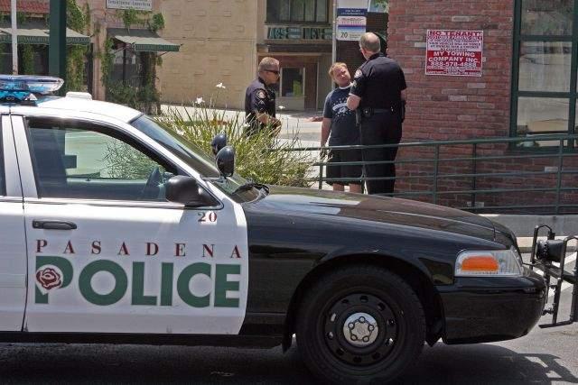 Pasadena deshace acuerdo de colaboración con ICE