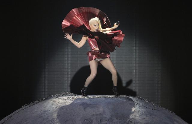 Lady Gaga impone su extravagancia en Chile (Fotos)