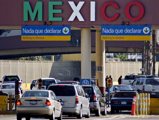 México agilizará cruce fronterizo a EEUU en días feriados