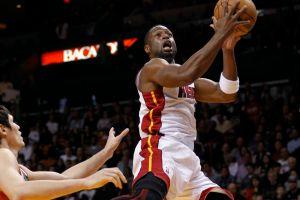 Lebron y Haslem fueron líderes en la victoria del Heat