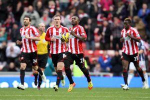 Liga Premier: ManU recupera el liderato y mete presión al City (Fotos)