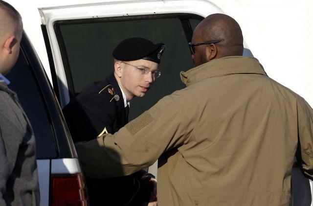 Caso WikiLeaks: Bradley Manning testifica (Fotos)