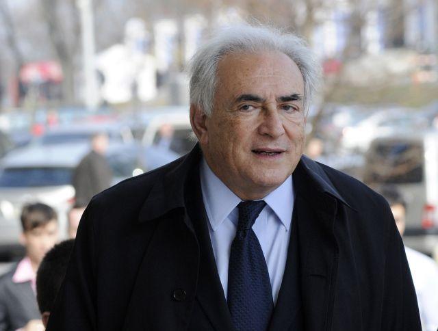 Strauss-Kahn desmiente que pagará $6 millones a Diallo