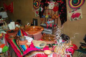 Futuros microempresarios exhiben en el Gran Bazar