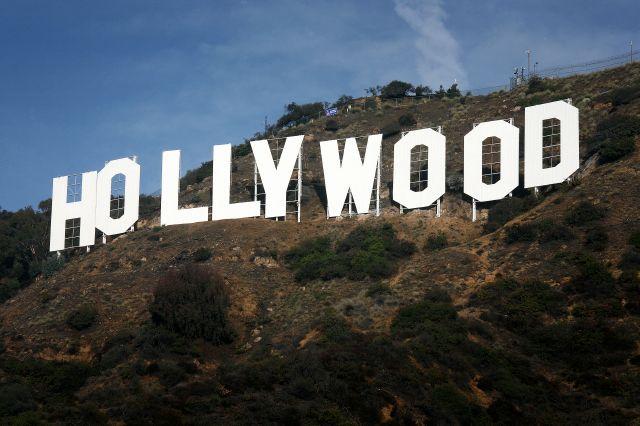 Después de nueve semanas de renovaciones, el cartel de Hollywood está listo para celebrar su 90 aniversario.