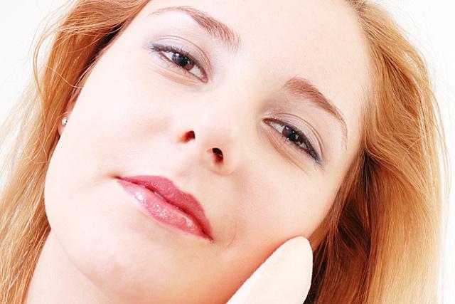 Quitar los puntos negros: Remedios naturales vs productos cosméticos