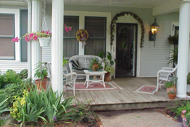 Landscaping on a budget: Thrifty ideas for your yard