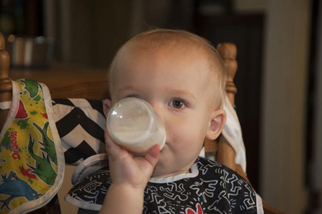 3 mitos sobre la intolerancia infantil a la lactosa