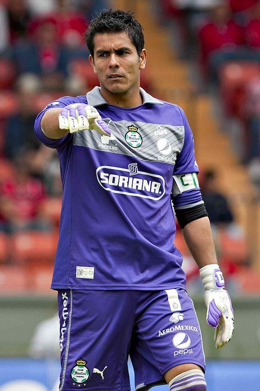 Oswaldo Sánchez asegura que el Tri puede ser protagonista del Mundial de Fútbol 2013.