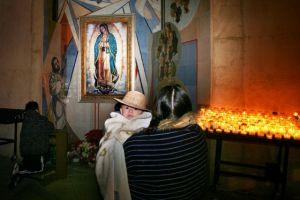 Hoy  celebran a la  Virgen