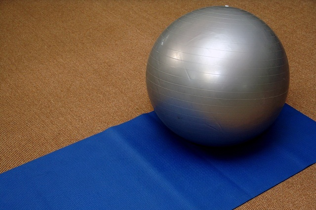 Can exercise balls help your work out?