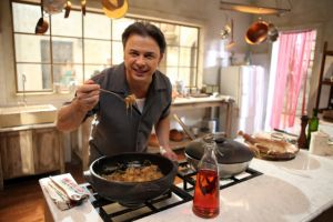 Chef Donato de Santis presenta programa de cocina 'Italianísimo'