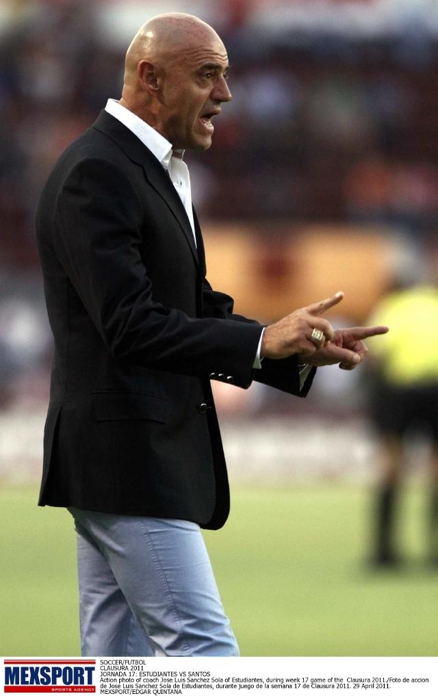 José Luis Sánchez Solá acepta el reto de hacer de Chivas USA un equipo protagonista en la MLS.