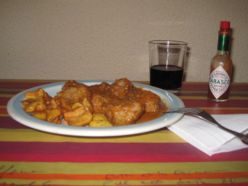 Albóndigas con salsa española
