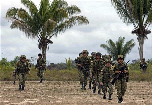 Investigan supuesto cartel de drogas dentro de ejército colombiano