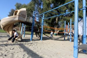 Remodelan parque con acceso universal en Pacoima