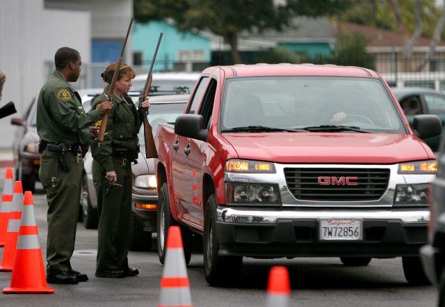 Matan a un hombre a tiros en el Este de Los Ángeles
