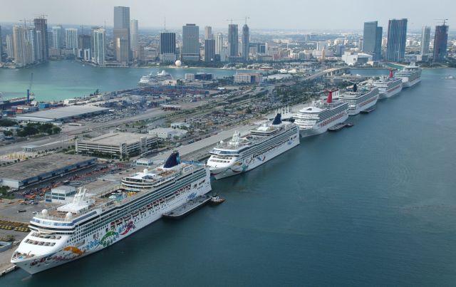 Huelga de puertos en el este de EEUU iniciaría el domingo