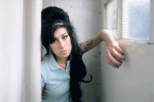Temas inéditos de Amy Winehouse podrían ser publicados (Video)