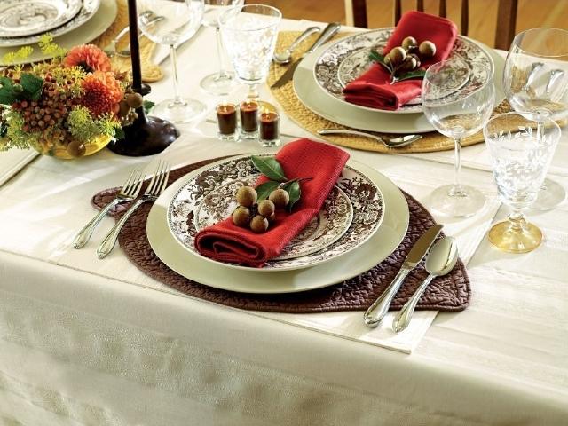 La mesa de Año Nuevo debe vestirse elegante