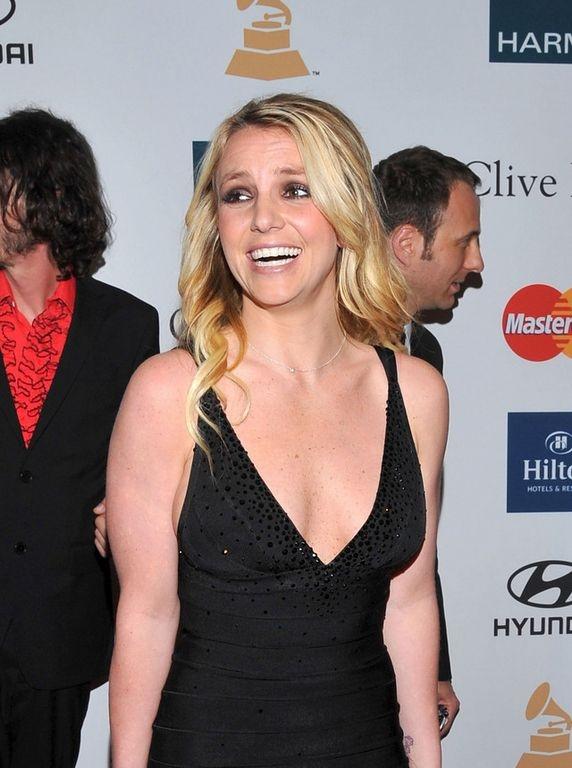 Britney Spears confirma que prepara nuevo disco