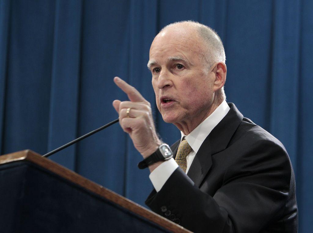 Presupuesto de Brown eliminaría deficit fiscal