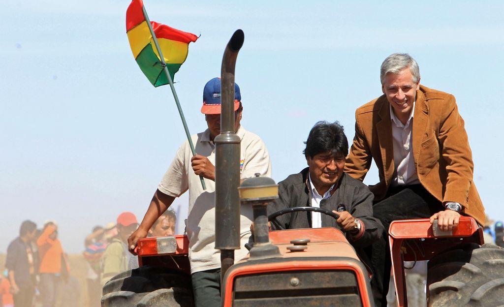 """Bolivia afirma que Chávez marca ruta de """"emancipación"""" regional"""