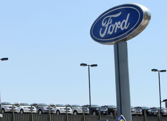 ¿Busca empleo?, Ford contratará 2,200 personas en EEUU