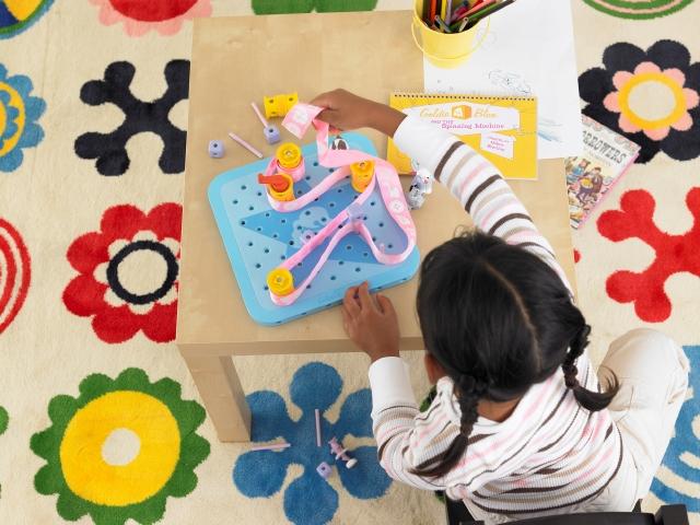Colores neutros para los juguetes
