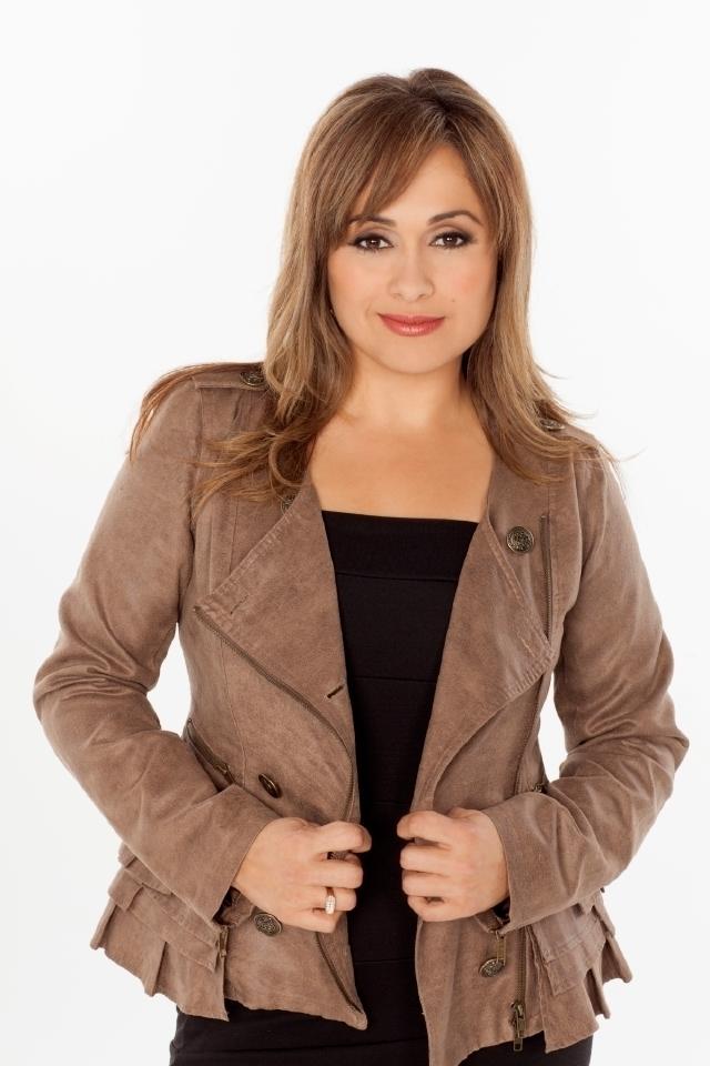 Elizabeth Espinosa es una presentadora 'Sin límites'