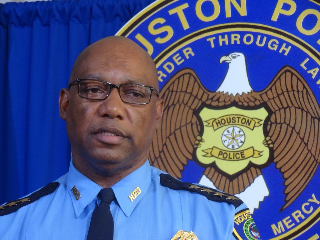 Preocupa a Policía de Houston multitud de casos de personas con problemas mentales
