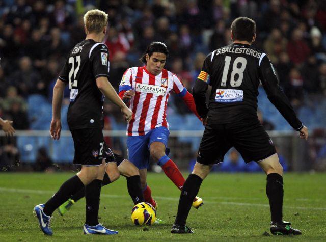 Atlético gana pero pierde a Falcao