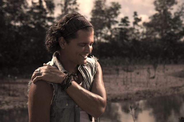 Carlos Vives lanza tema junto a Michel Teló (Video)