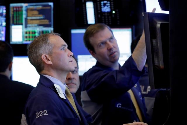 Tecnología impulsa  al índice Dow Jones