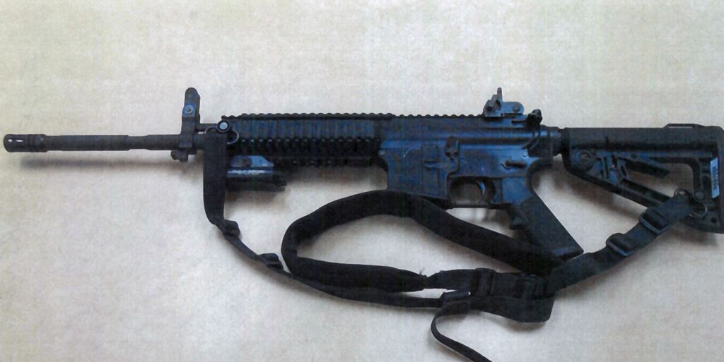 Oficiales de escuelas en Fontana obtienen rifles de alta potencia