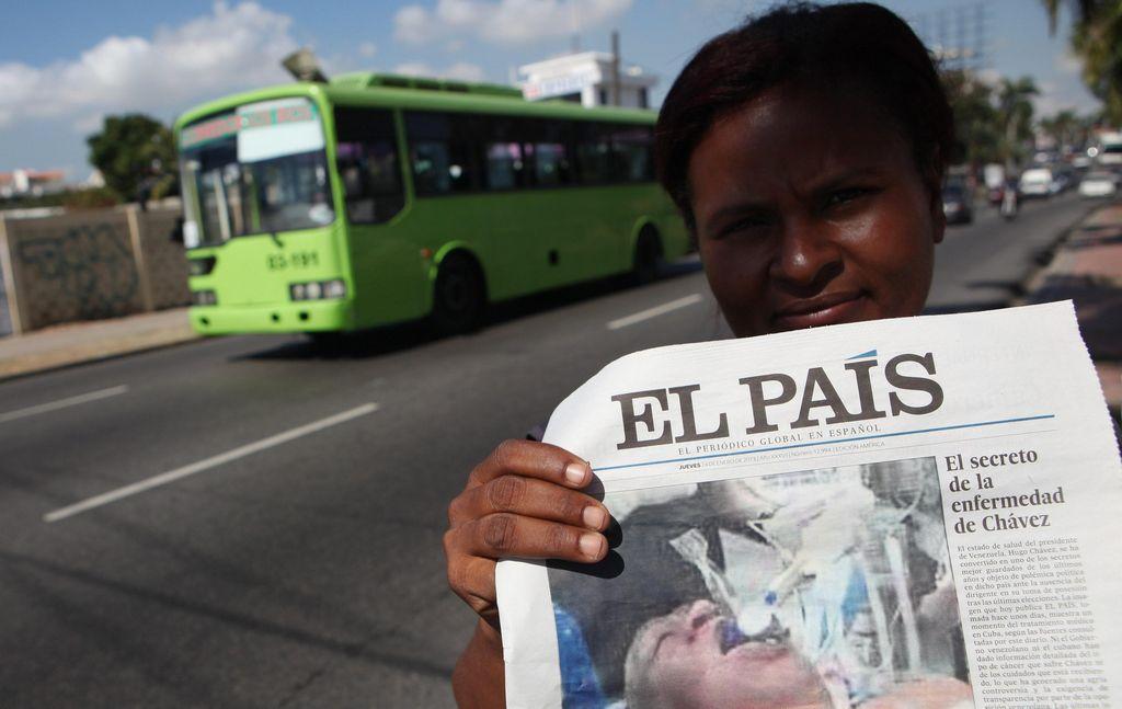 Investigación interna en El País por foto falsa de Chávez