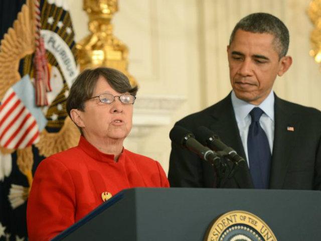 Obama nomina a exfiscal para Comisión de Valores (Fotos)