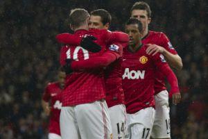 """Manchester United golea al Fulham con doblete del """"Chicharito"""" (Fotos)"""