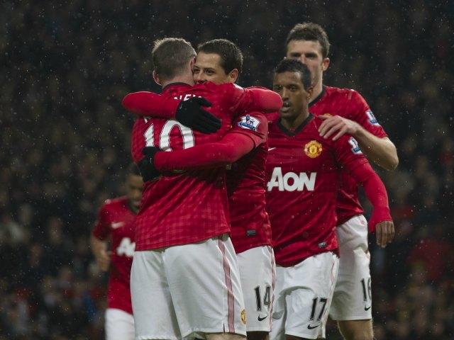 """Javier """"Chicharito"""" Hernández colaboró con dos goles para el Manchester United"""