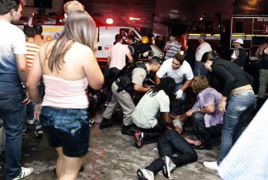 Unos 186 muertos deja incendio en discoteca brasileña (Fotos)