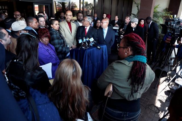 En Compton se unen contra ataques raciales de pandillas