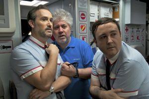 Pedro Almodóvar presenta el primer tráiler de su nuevo proyecto, 'Los amantes pasajeros'