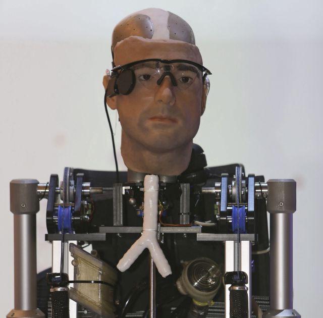 Llega Rex, el primer robot biónico