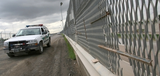 Mueren 3 inmigrantes en persecución policial en Texas